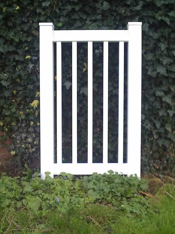 Closed top picket fence gate